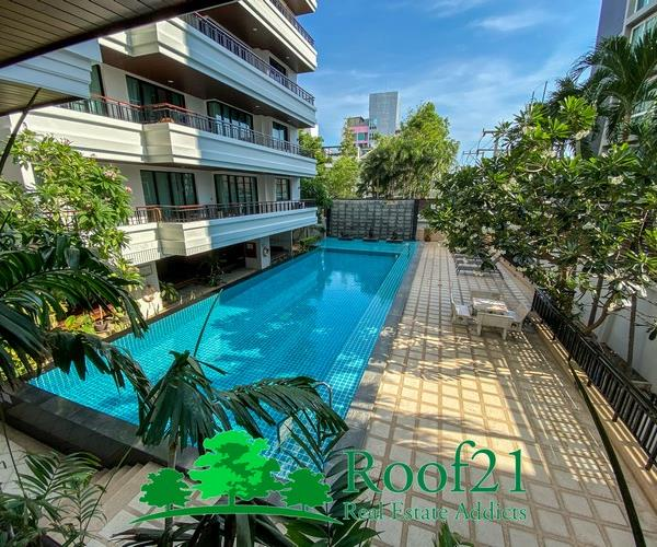 Condo for sale in the heart of the city,
