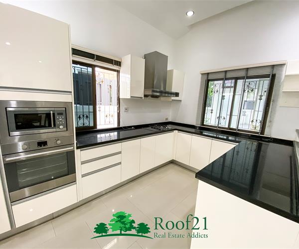 House for sell in Soi Siam Country Club  - S0262F