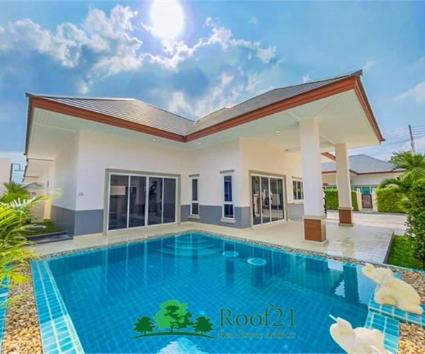 Pool villas in attractive quality, highlighted 3 bedrooms with private pool. Close to tourist attractions